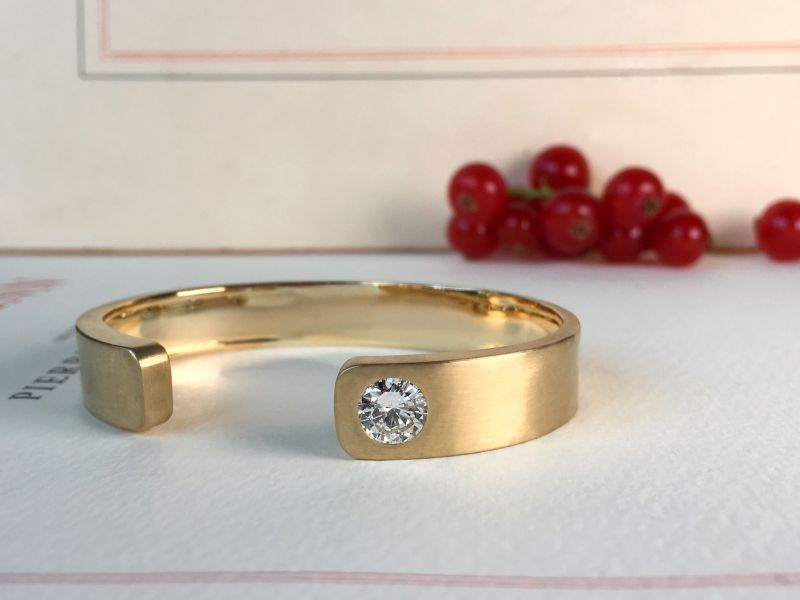 Bracelet or et diamant