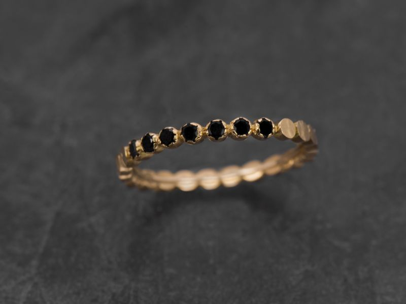Bague Honey halfmoon or jaune diamants noirs