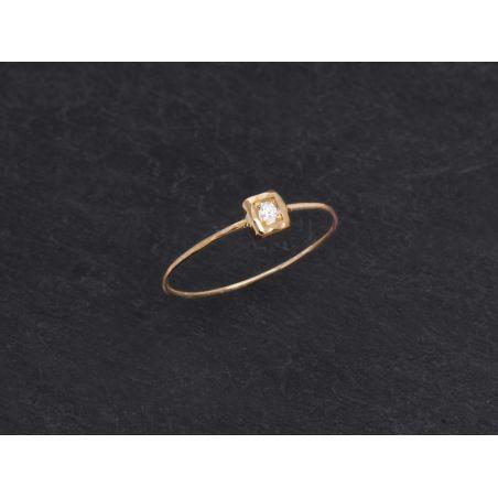 Bague Hélium or jaune diamant blanc par Emmanuelle Zysman