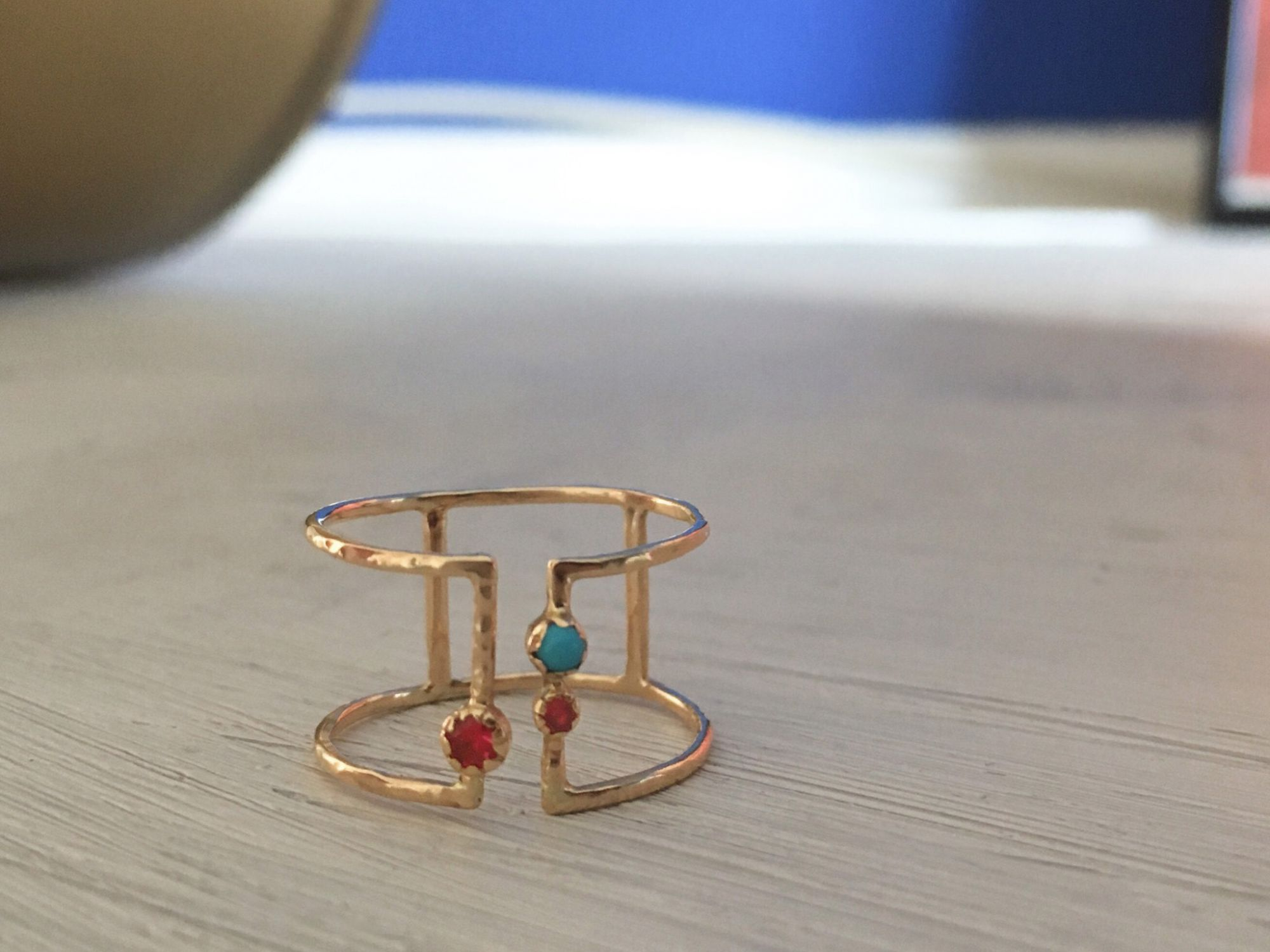 Be-twin yellow gold red spinel ring by Emmanuelle Zysman