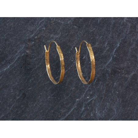 Small thin Shan Hoop Earrings by Emmanuelle Zysman