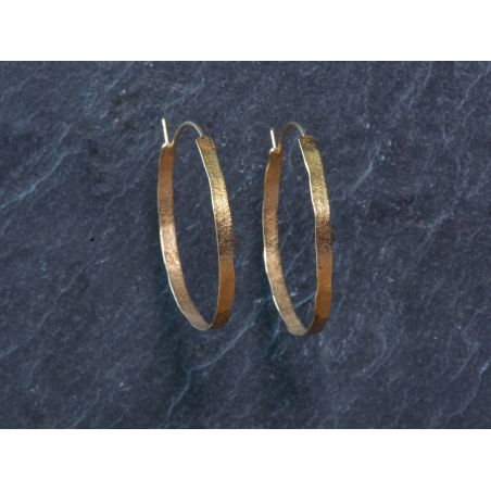 Medium wide Shan hoop earrings by Emmanuelle Zysman