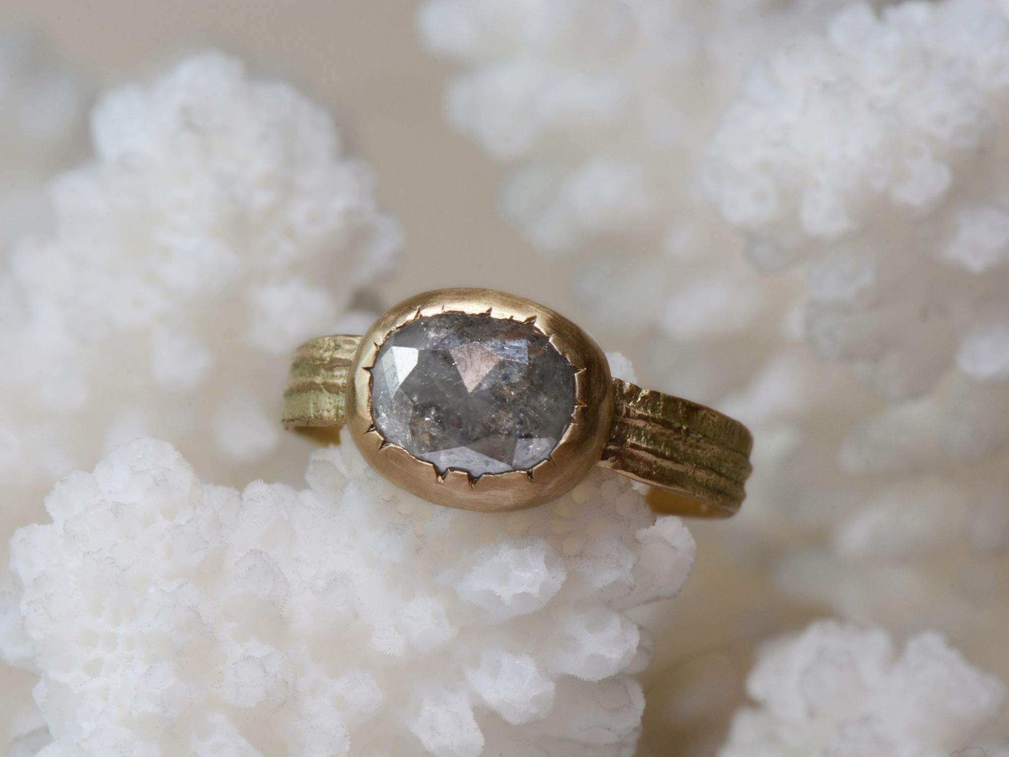 Grey diamond Sitia gold ring by Emmanuelle Zysman