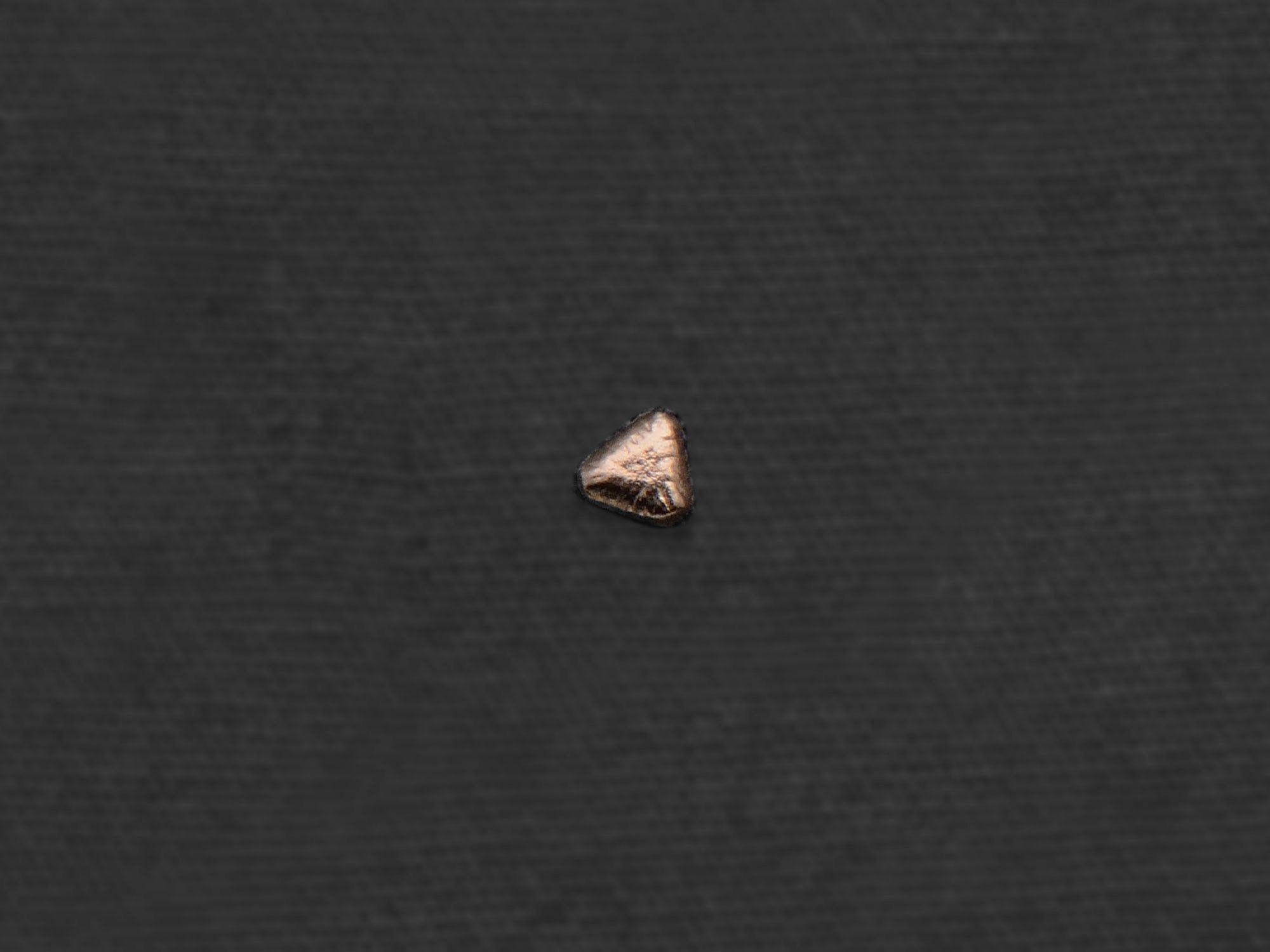 Sitia yellow gold mini stud earring by Emmanuelle Zysman