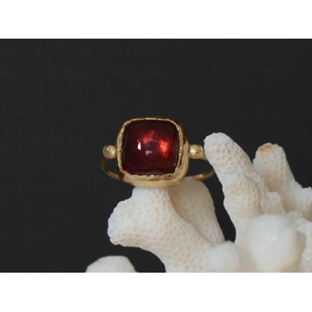 Queen Brunehilde yellow gold squared 9mm pink tourmaline ring by Emmanuelle Zysman