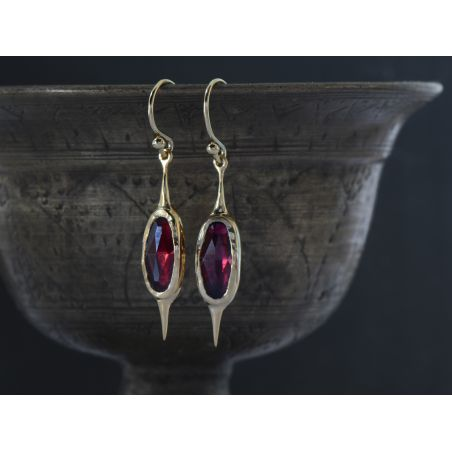 Comet garnet vermeil earrings by Emmanuelle Zysman