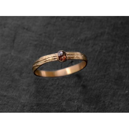 Sitia Rosecut gold ring by Emmanuelle Zysman