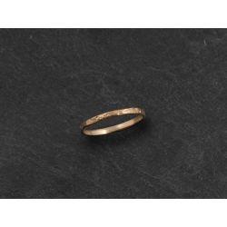 Mon Cheri stone hammered ring by Emmanuelle Zysman