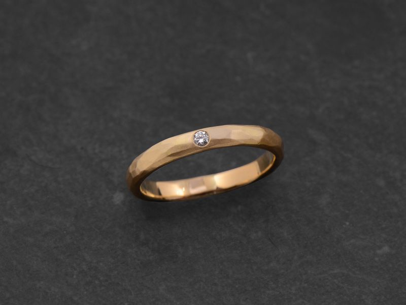 Lorelei white diamond hammered yellow gold ring by Emmanuelle Zysman