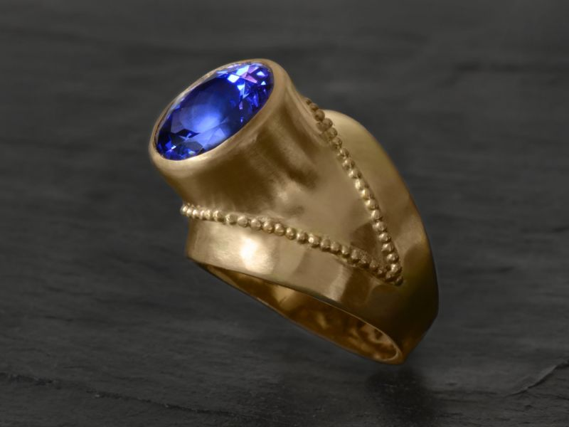 Bague Or Jaune Tanzanite par Emmanuelle Zysman