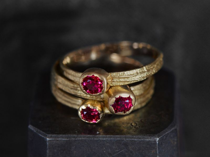 Sitia PM oval spinel ring by Emmanuelle Zysman