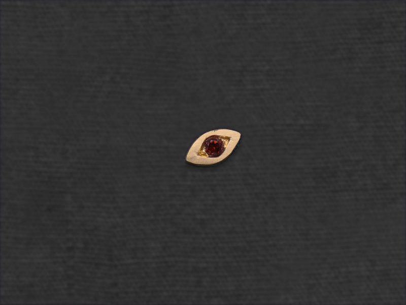 Mini puce Oeil grenat par Emmanuelle Zysman