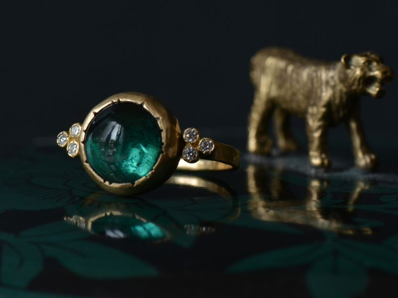 Diamond Queen yellow gold and round green tourmaline ring by Emmanuelle Zysman