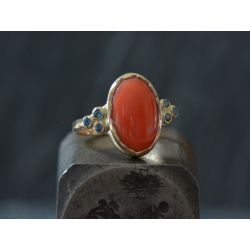 Coral oval and blue diamonds gold ring by Emmanuelle Zysman