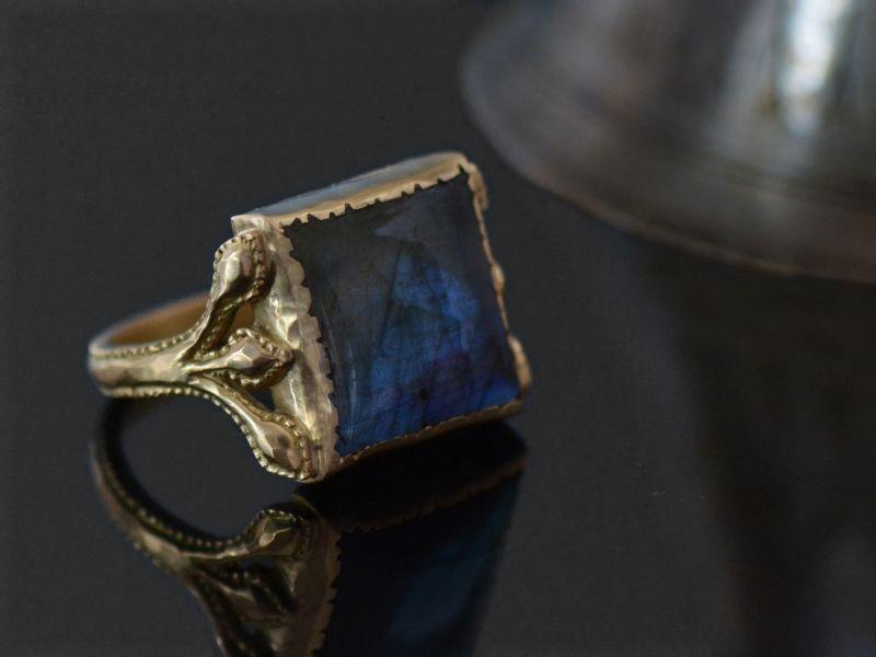 Diane labradorite gold ring by Emmanuelle Zysman