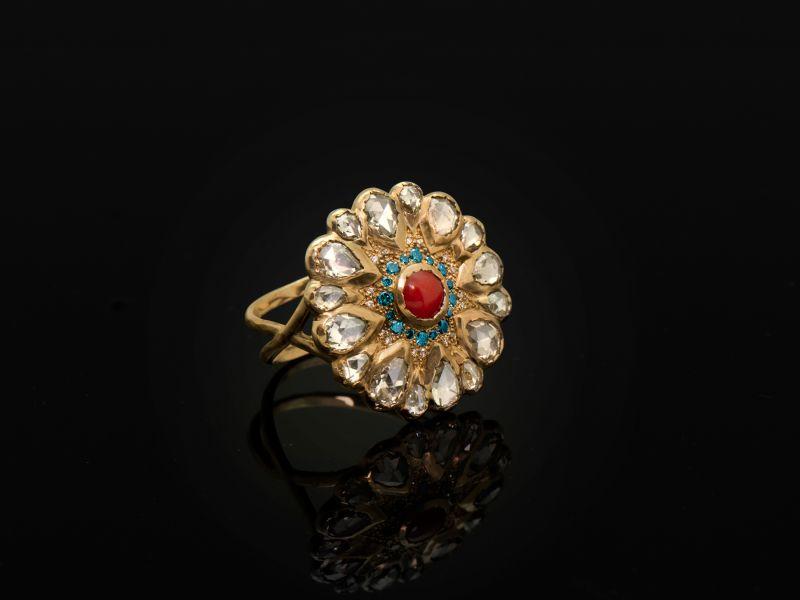 Bague Vesna Corail Diamants grand modèle B par Emmanuelle Zysman