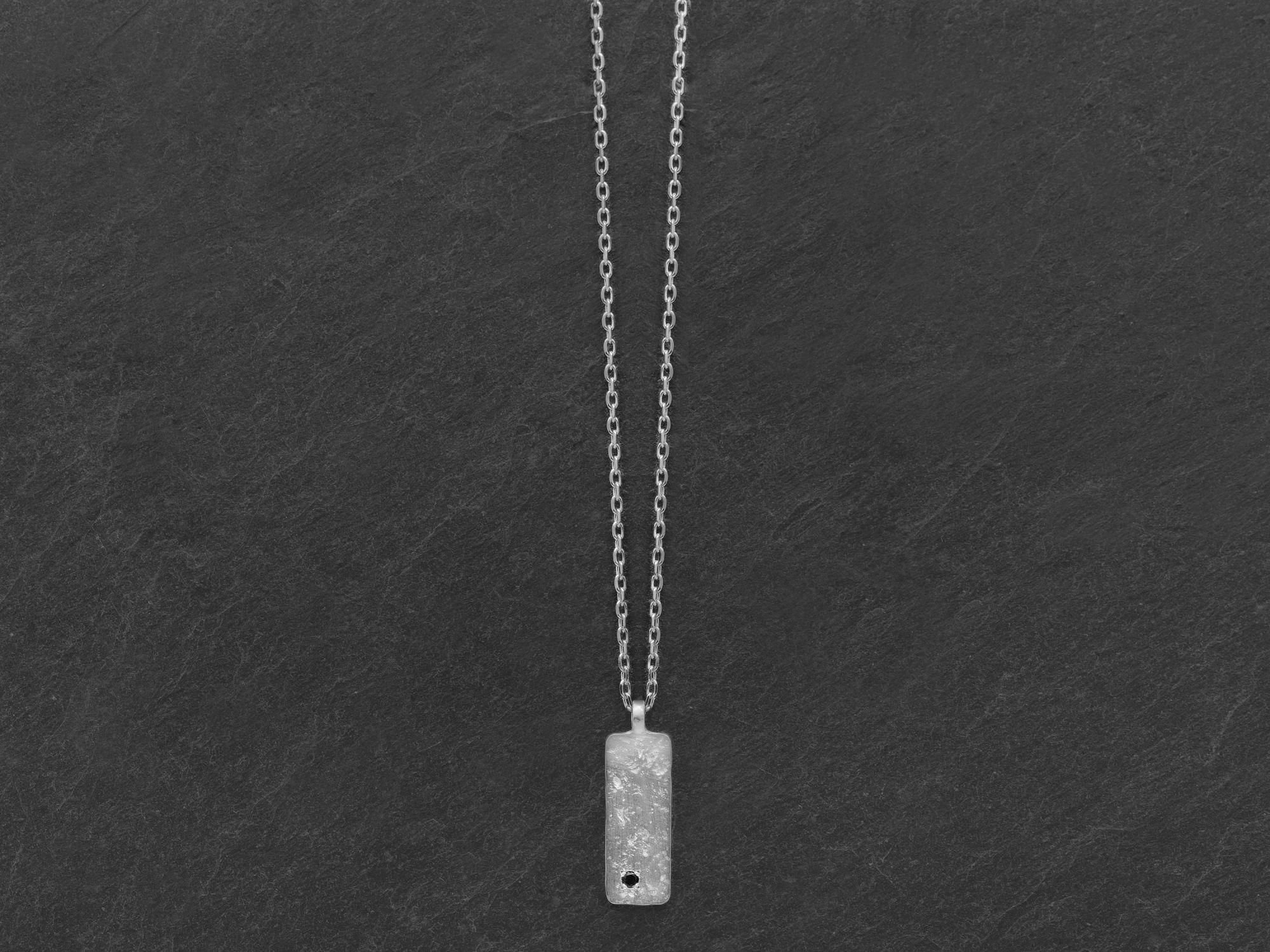 Collier Gaby argent rhodié diamant noir homme par Emmanuelle Zysman