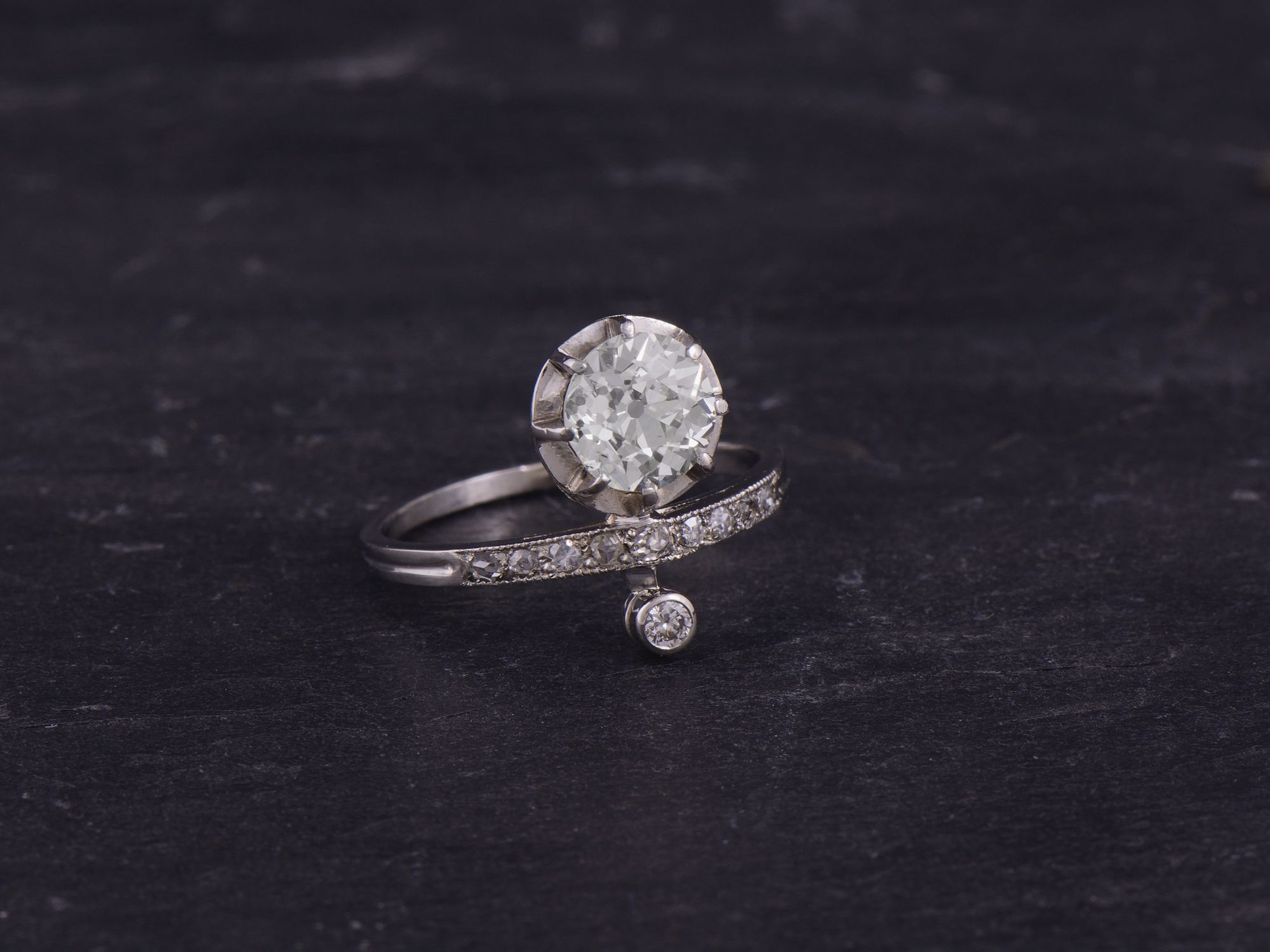 Bague platine et diamants par Emmanuelle Zysman