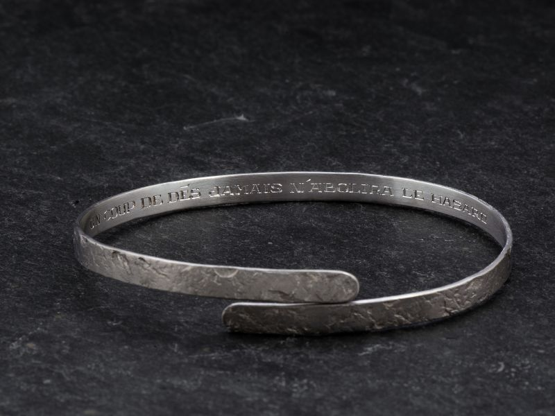 Engraving on Ulysse bracelet
