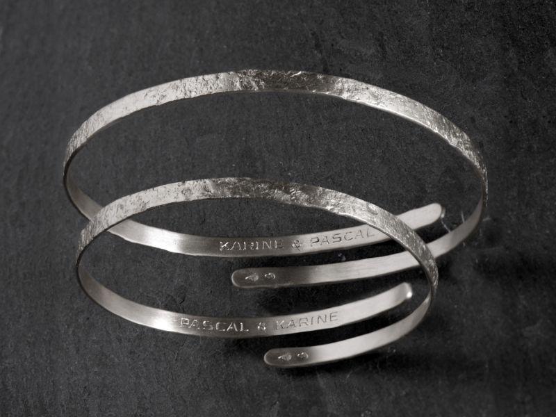 Gravure sur bracelet Diane...