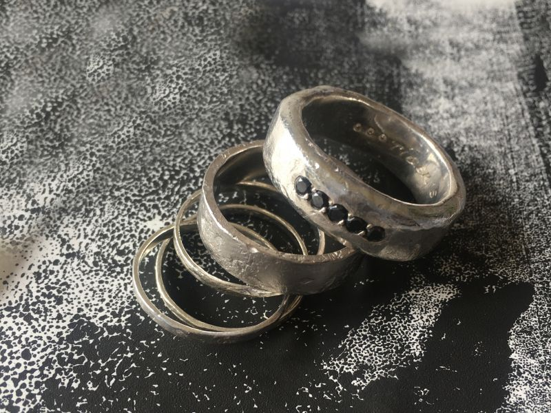 Engraving on silver rings