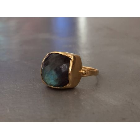 Aphrodite yellow gold labradorite ring by Emmanuelle Zysman